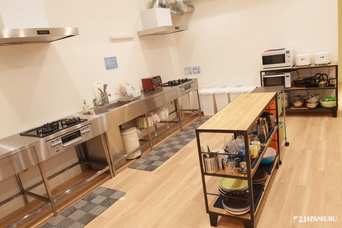 用具一應俱全的廚房