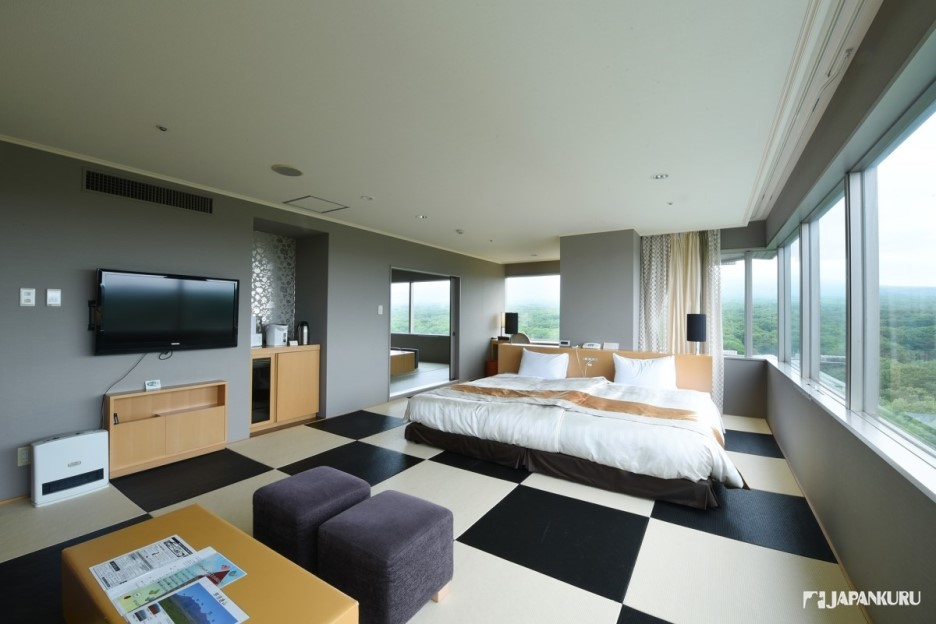 Let's cover the Charming points of Hotel Epinard Nasu