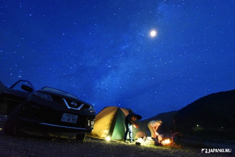 夢幻的富士山 璀璨的星空