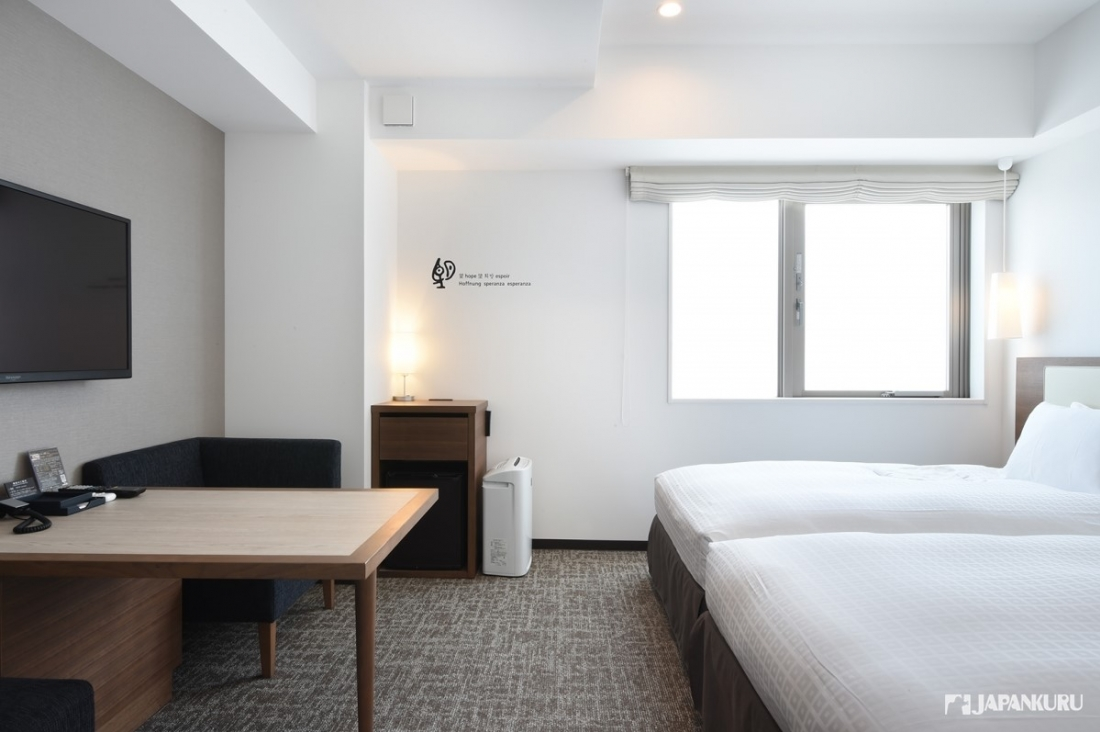適合長時間居住的舒適客房「twin room」