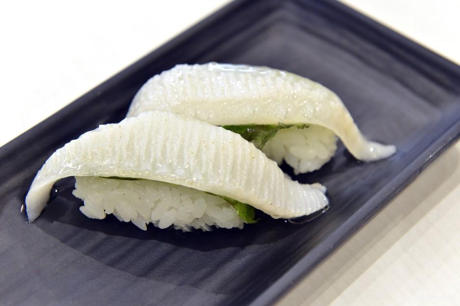 比目魚魚翅 180日元+TAX