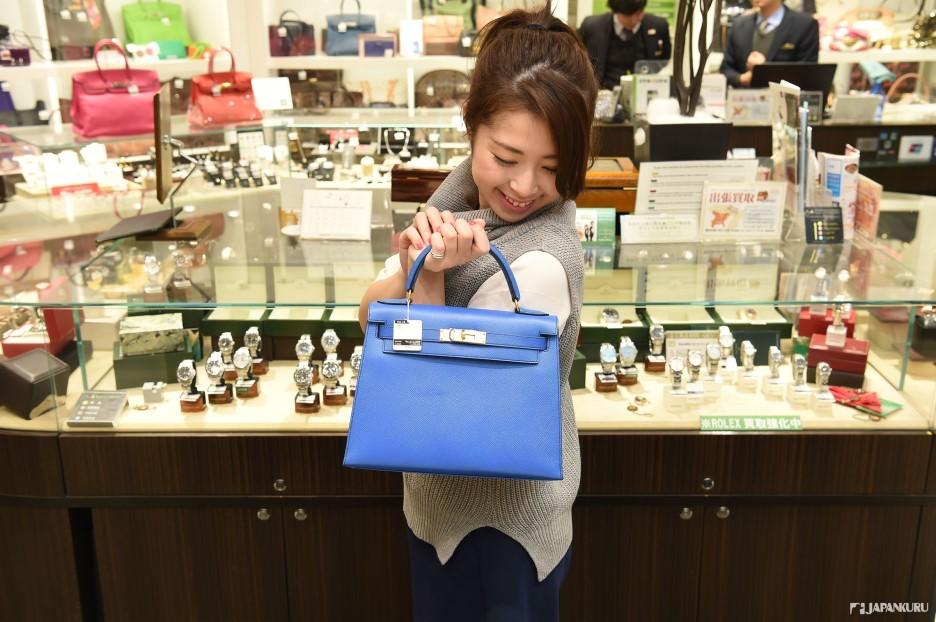왕비의 가방, KELLY