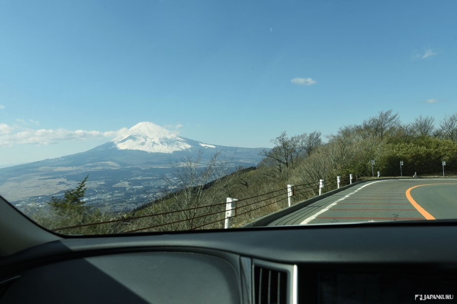 A pleasant drive with Fuji