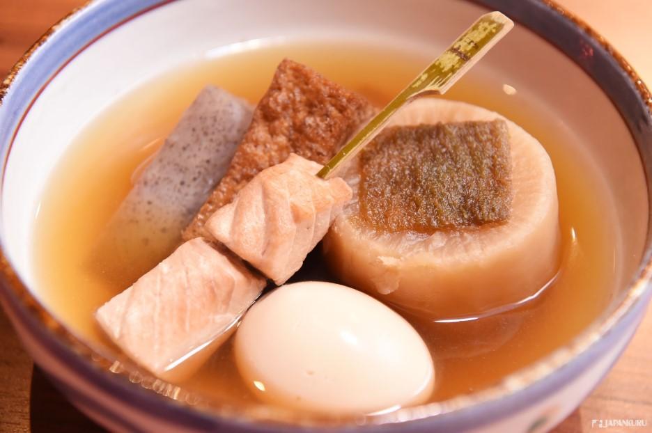 *今日關東煮特色拼盤(本日のおでん盛り合わせ) 950日元(含稅)