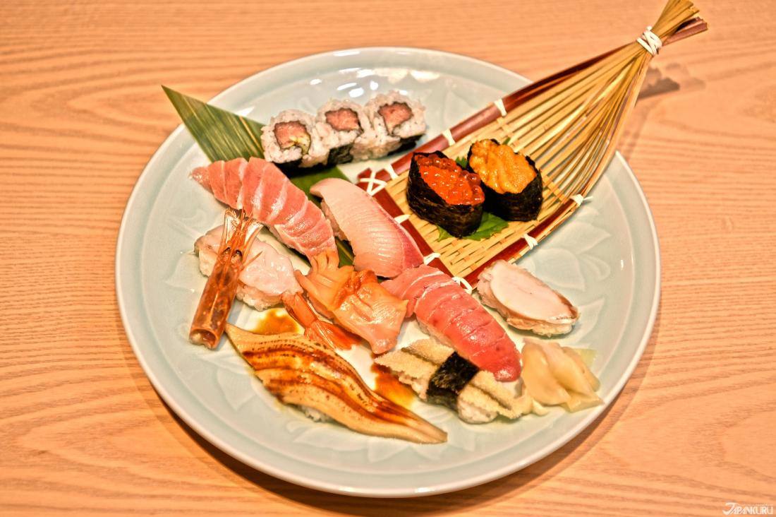 ↪스시장인이 골라만든 오마카세스시(2,600엔+TAX)
