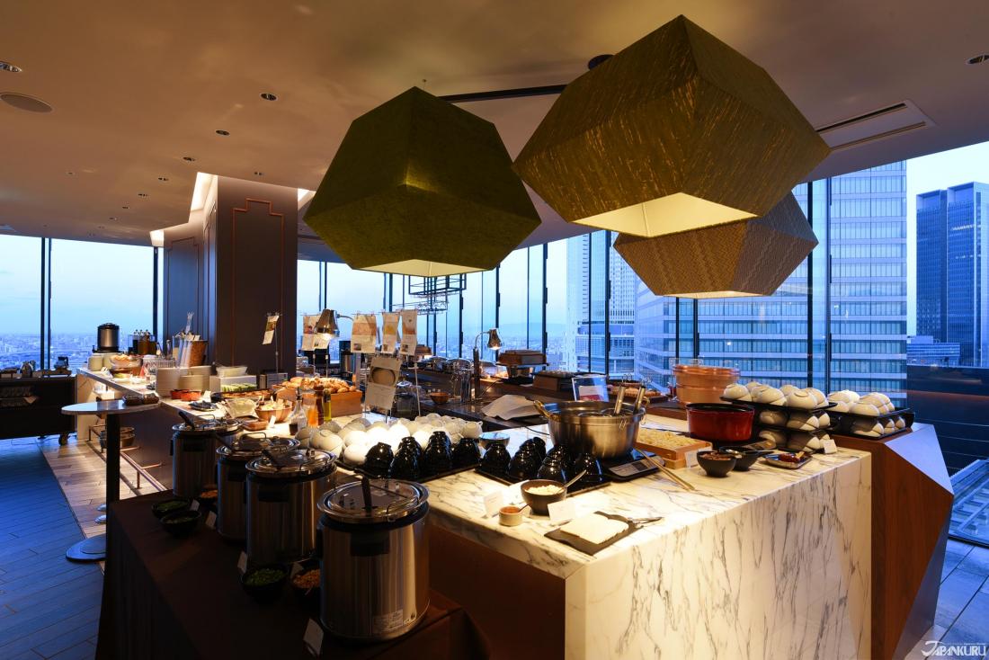 早餐开放时间: 06:30~10:00(最终入店 09:30)