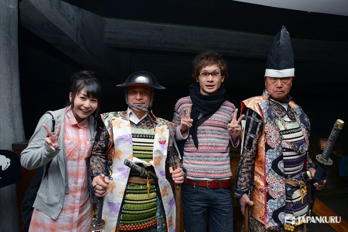 Photo-Opps with Tsurugajo Castle Role Players