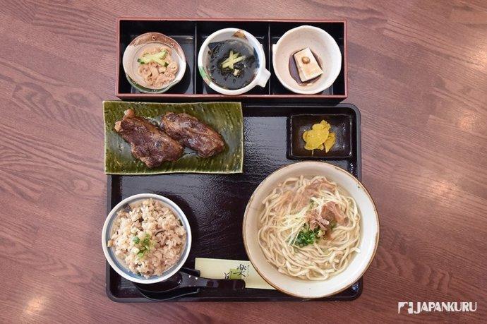 沖繩蕎麥麵專門店