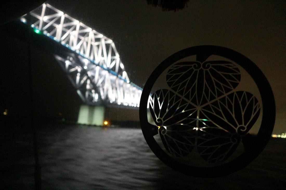 船上可以看到東京跨海大橋!!現場看更漂亮!