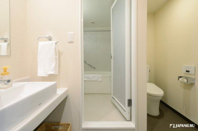 浴廁分開的雙人房型