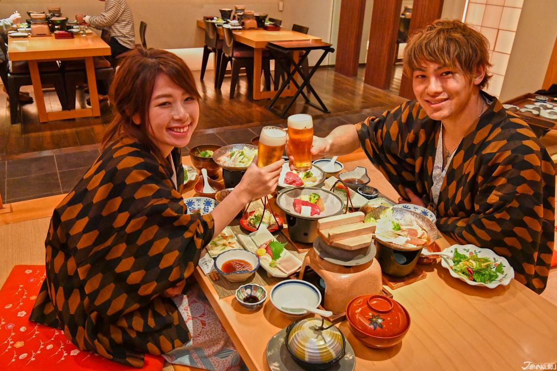 จุดที่น่าสนใจของโรงแรม Sakaeya Hotel จุดที่ 2 - อาหารและบริการ