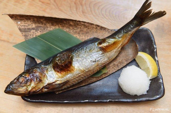 烤青鱼整条(トロにしん一本焼き)