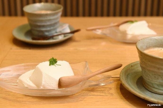 うまやの杏仁豆腐
