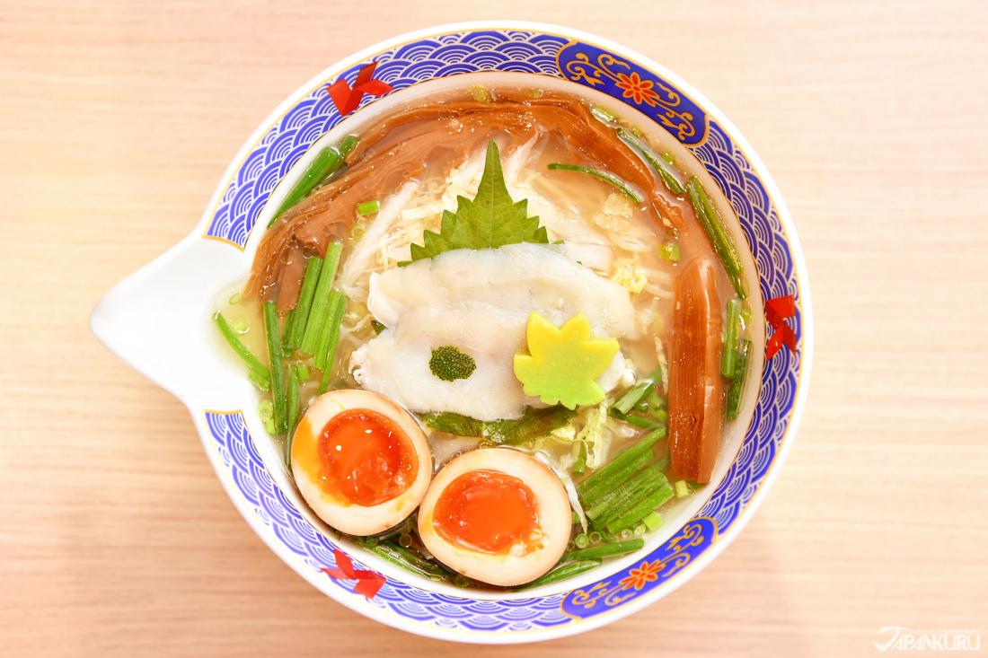 Numéro ⑧ Ramen au Fugu avec sa soupe à base salée