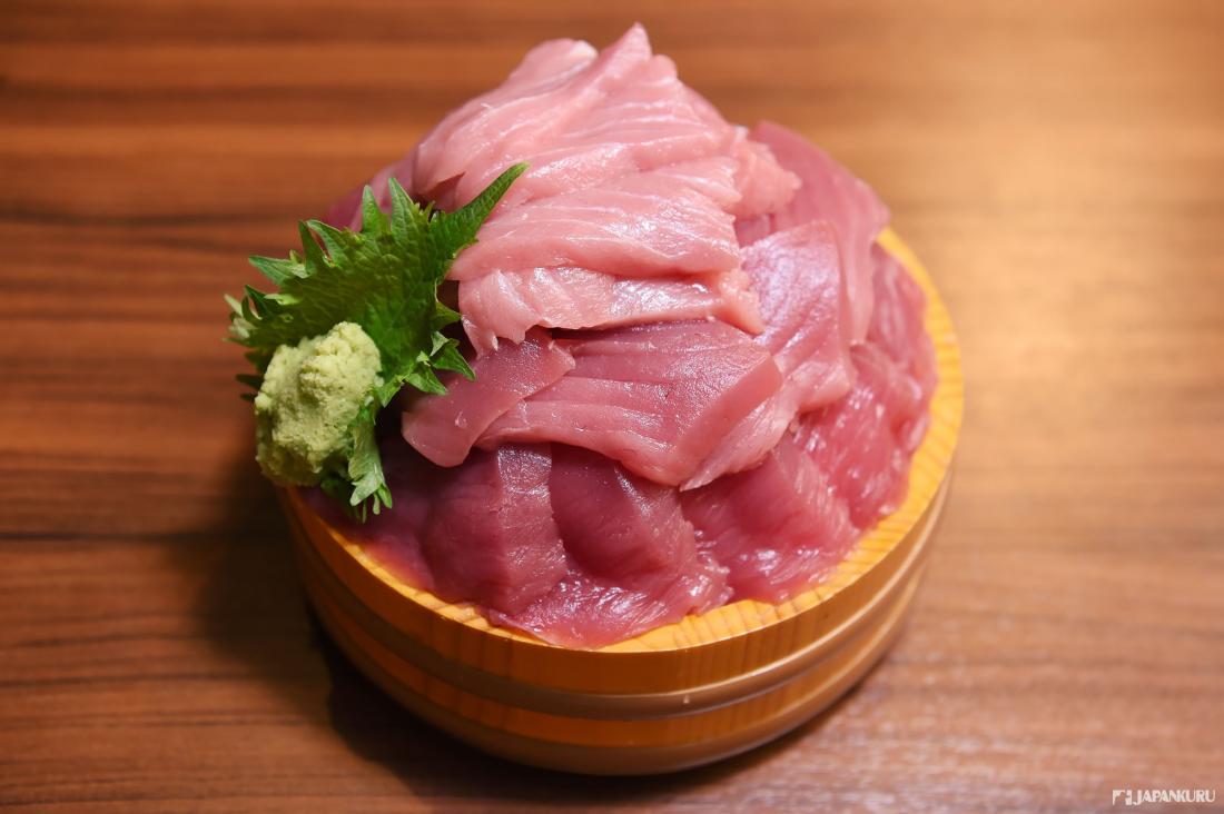 ↪마구로는 단백질 등 기본 영양소는 물론 오메가-3, 셀레늄, 비타민, 아미노산 등이 함유되어있다고 하죠?!
