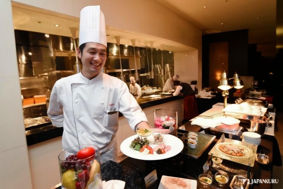 เชฟ Yoshiaki Hoshino กับอาหารมื้ออร่อย!