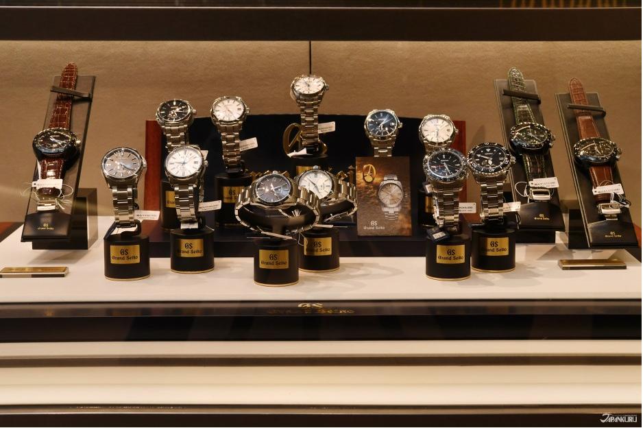 许多名牌手表精品在这里也都有