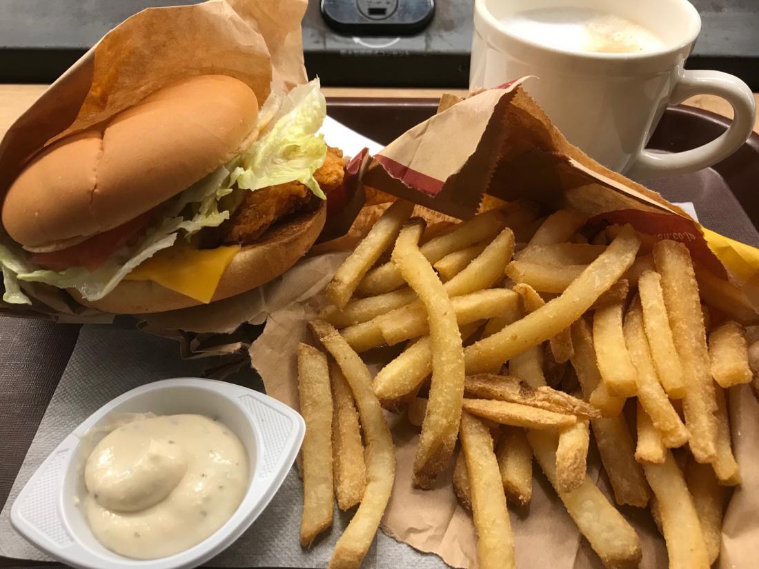 머쉬룸멜트스파아시치킨버거  マッシュルームメルトスパイシーチキンバーガー