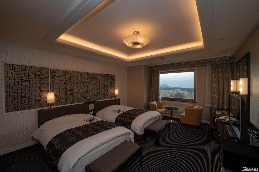 เตียงนุ่มนิ่ม ห้องกว้างขวาง และวิวสวยๆ