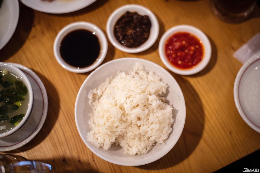 보리밥과 토핑 3종 [麦ご飯と薬味3種]