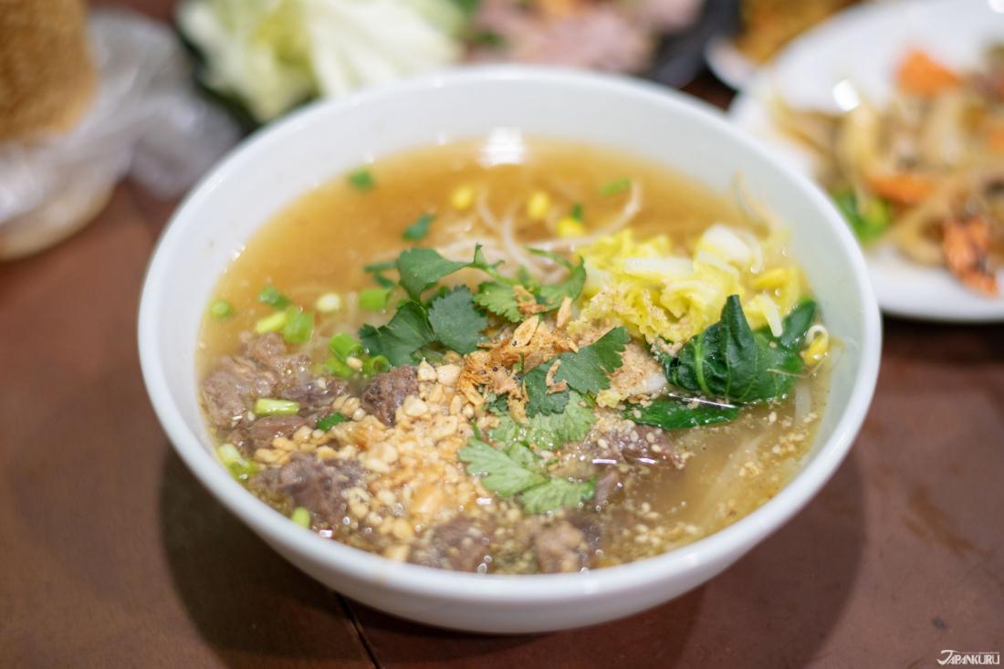 牛肉湯麵(牛スープそば(高菜付))  1000日圓