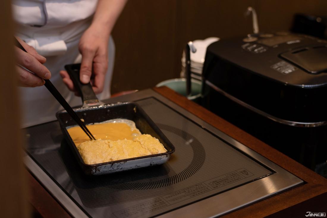 장인이 직접 구워주는 일본식 계란말이