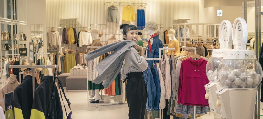 Faire du shopping dans la ville portuaire de Hakata à Fukuoka