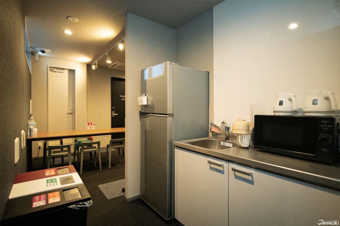 미니키친에서는 싱크대와 조리도구, 냉장고 사용가능
