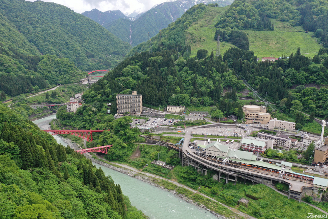 From mountains to rivers, Unazuki Onsen is rich with natural scenery.