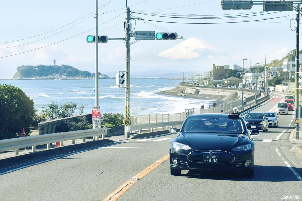 Why Japanese People Drive on the Left Side of the Road