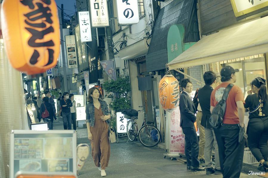 고독한 미식가에 나올법한 일본의 상점가 거리