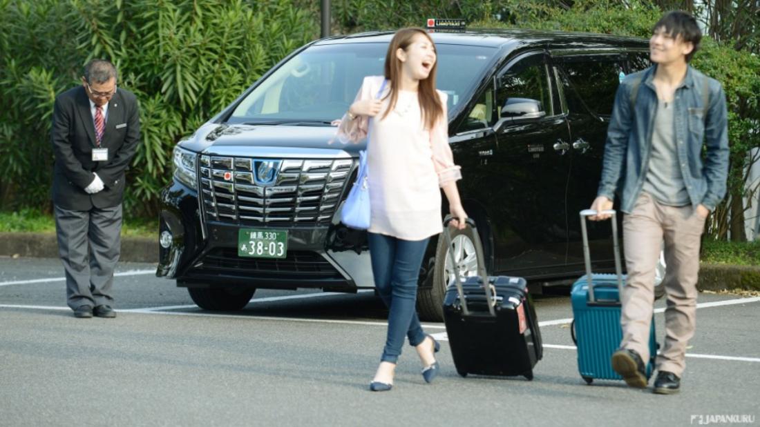 사람이 타든 아니든, 친절한 일본 택시의 굿 아이디어