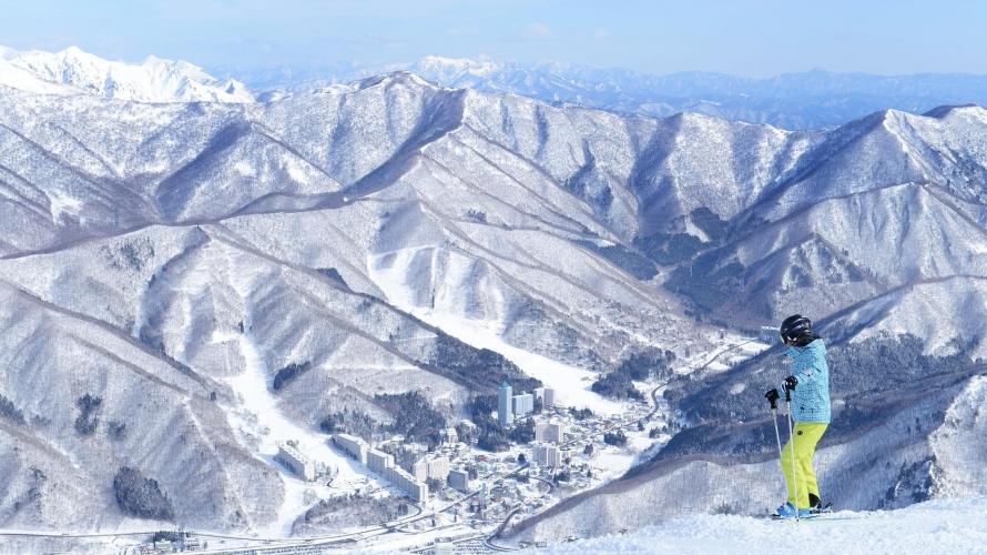 姐妹们的日本滑雪旅行
