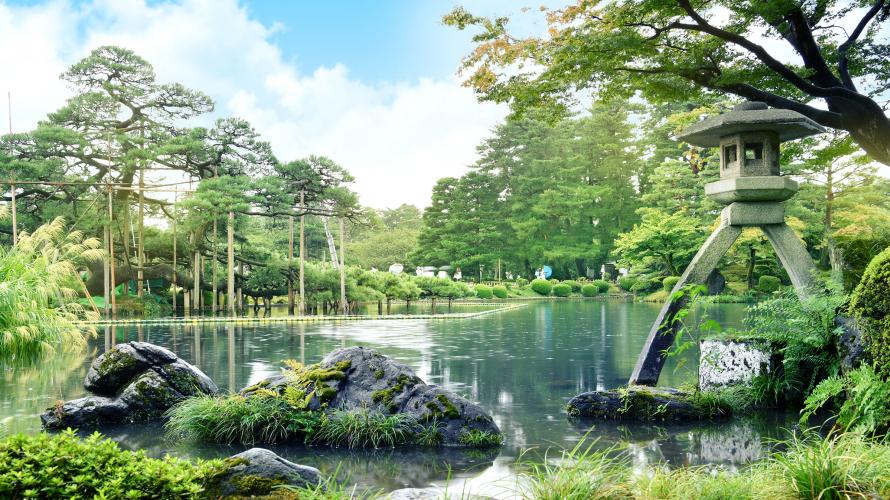 日本三名園の一つ、金沢兼六園