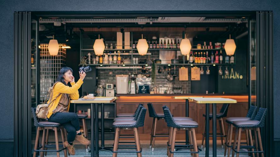 大阪住宿口袋名单 IMANO OSAKA SHINSAIBASHI HOSTEL:背上背包,入住心斋桥时尚咖啡馆
