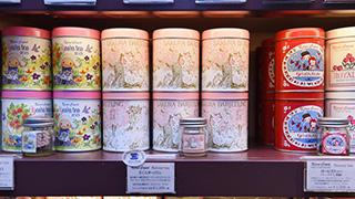 日本插畫家山田詩子經營的茶品店 Karel Capek