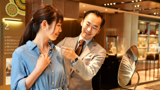 Luxurious Shopping Experience at Ginza WAKO!