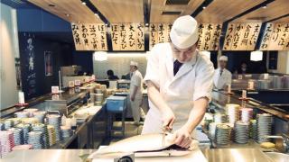 日本美食推薦★銀座的美味迴轉壽司「銀座沼津港」