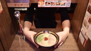 上野車站附近的人氣日本美食一蘭拉麵