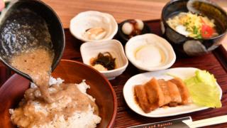 健康營養的沖繩料理 沖繩首家 山藥麥飯海物語