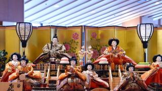 วันเทศกาลประเพณีดั้งเดิมของญี่ปุ่น | ฮินะ มัทสึริ (ひな祭り) 🎎 วันเด็กผู้หญิงของญี่ปุ่น
