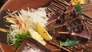 다양한 생선요리를 먹을 수 있는 우에노 이자카야 '토사시미즈 월드(土佐清水ワールド)'
