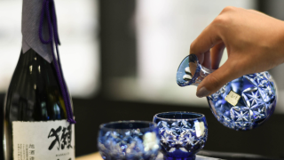KAGAMI CRYSTAL: A Japanese Crystal Tableware Craft Brand In Tokyo Ginza
