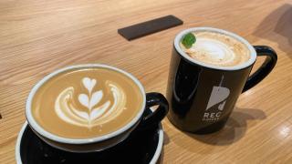 일본의 블루보틀이라고 불리는 곳!  후쿠오카 렉커피(REC COFFEE)