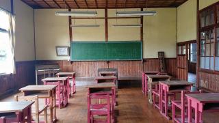 昭和の香り息づく木造校舎、廃校に泊まる#1