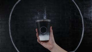 시크한 맛에 반하는 일본의 블랙 디저트